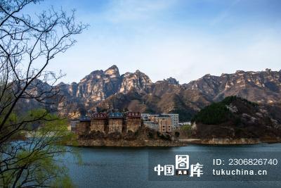 顺平龙潭湖风景区